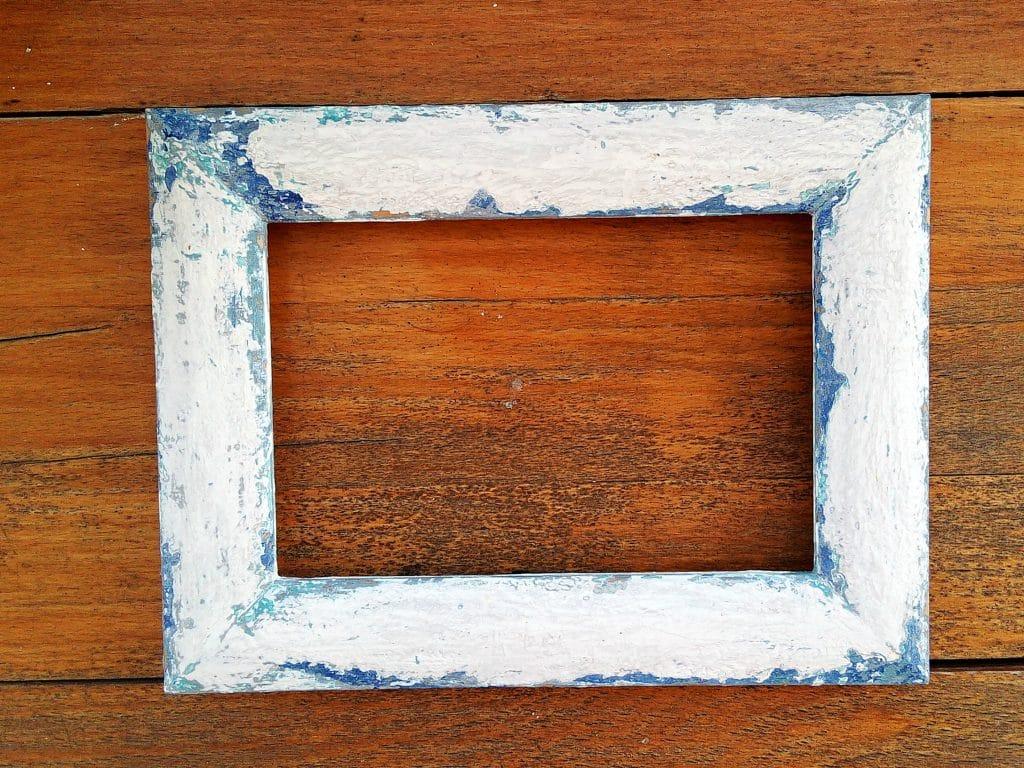 ramka malowana farbami kredowymi