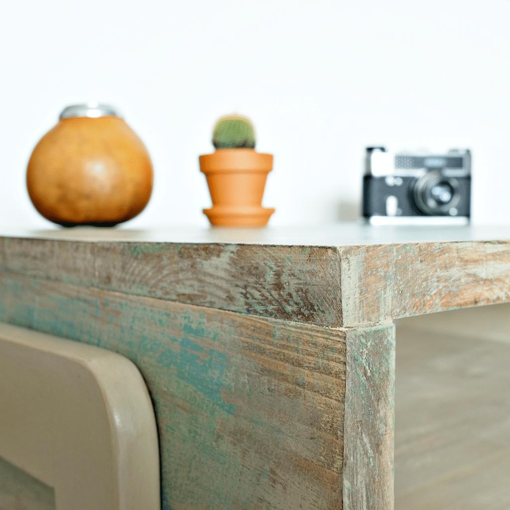 ręcznie robiony drewniany stolik kawowy