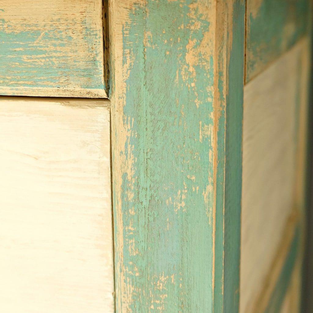 bieliźniarka malowana farbami Annie Sloan